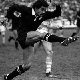 Camiseta rugby vintage Nueva Zelanda años 80